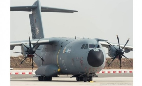 """French Air Force Airbus A400M Atlas F-RBAL """"Touraine"""" """"10,000 Hours"""" Herpa 570718 scale  1:200"""
