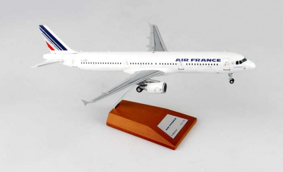 Air France Airbus A321 Reg# F-GTAT With Stand JCWings JC2AFR480 scale 1:200