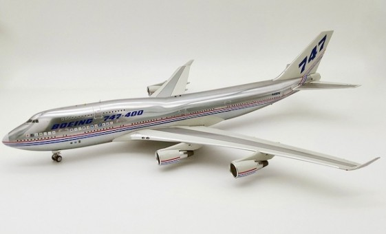 30 Years Boeing House 747-400 N401PW polished w/stand IF744BOEING30-P InFlight scale 1:200