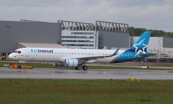 Air Transat Airbus A321neo C-GOIF new livery JCWing JC4TSC183 scale 1:400
