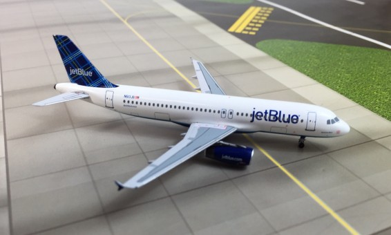 JetBlue A320 Registration# N613JB Limited Velocity Models Scale 1:400