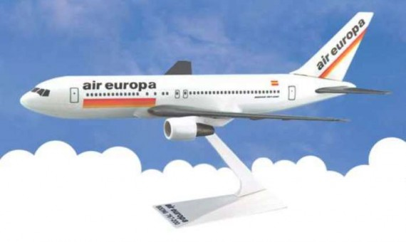 Flight Miniatures Air Europa Boeing B767