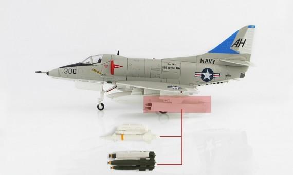 John McCain's Commemorative Edition A-4E Skyhawk US Navy USS Oriskany VA-163 Vietnam War 1967 HA1429 scale 1:72