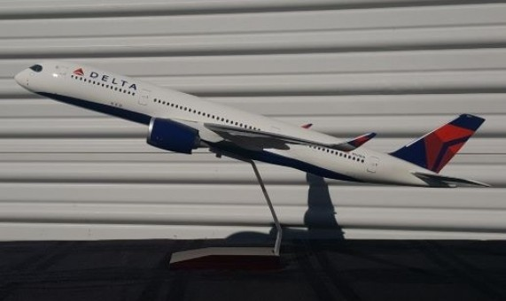 Oversized Delta Airbus A350-900 N502DN Resin Gemini Display model GDDAL015  1:100