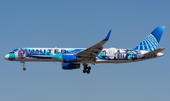 United new livery Boeing 757-200 N14102 Her Art Here-New YorkNew Jersey NG 53150 scale 1400