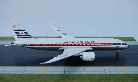 Japan Airlines Retro Colors 787-8 JA7878 SM200