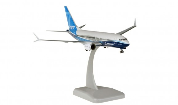 Boeing House 737-700MAX with stand and gears HG11342G scale 1:200