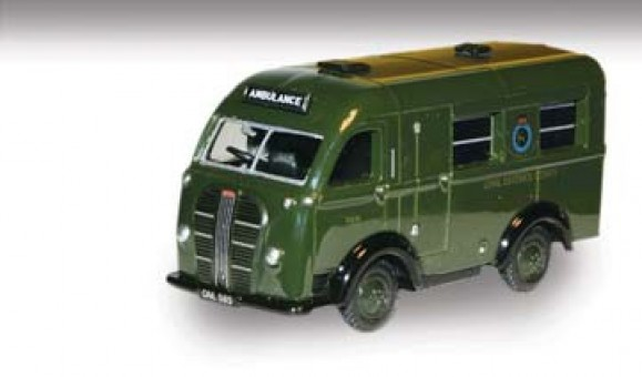 Austin K8 Welfare Ambulance, 1:76 Scale, Oxford