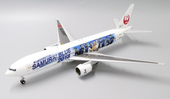 JAL Japan Airlines Boeing 777-200 JA8979 Samurai Blue stand JC Wings EW2772002 scale 1:200