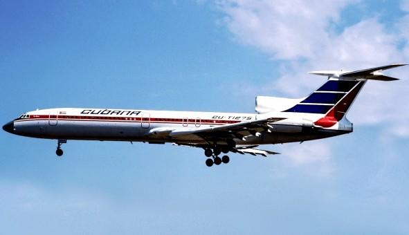 Cubana TU-154M CU-T1275 stand JC Wings LH2CUB284 scale 1:200