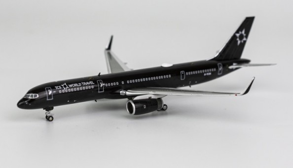 TCS World Travel Aviation Boeing 757-200 winglets G-TCSX NG Models 53138 scale 1:400