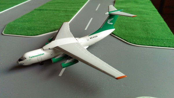 Turkmenistan IL-76TD Reg# EZ-F428 Scale 1:400