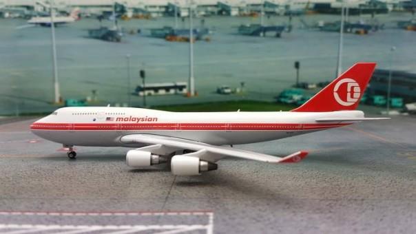 Malaysia Retro Boeing 747-400 Registration 9M-MPP Phoenix Die-Cast Models 11263 Scale 1:400