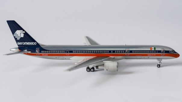 AeroMexico 752 XA-SJD NG Models 53100 scale 1:400