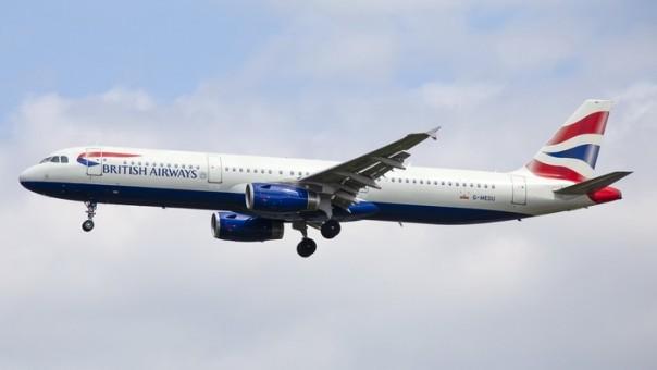 British Airways Airbus A321 G-MEDU Phoenix 04288 die-cast scale 1:400