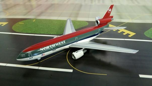 Northwest Classics 10 Aero 1 N235us Dc 30 Bowling Shoe Scale 400 bf67gyYv