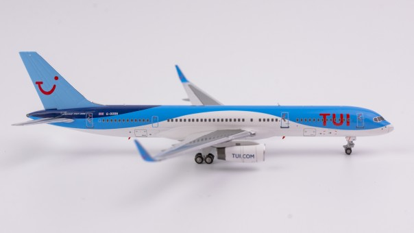 TUI Airways 752 with Winglets G-OOBN NG Models 53071 scale 1:400
