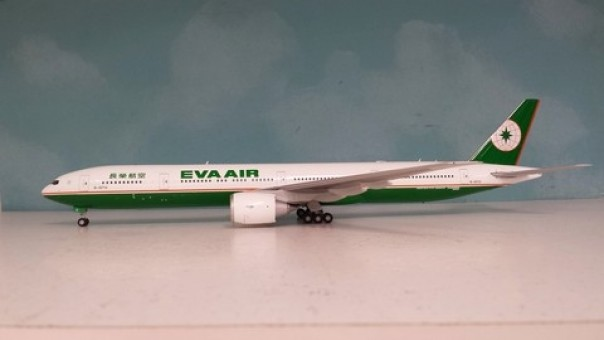 EVA Air Boeing 777-300ER B-16705 Old Livery W/Stand JCWings JC2EVA781 Scale 1:200
