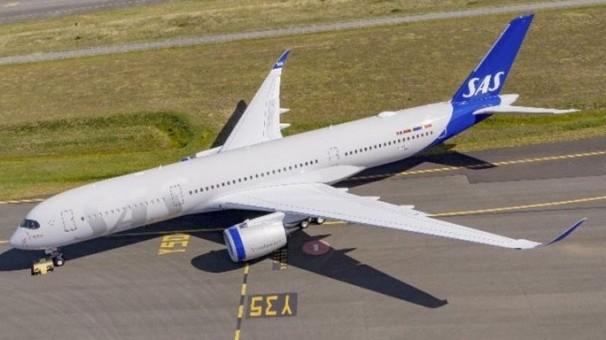 Flaps Down SAS Scandinavian New Livery Airbus A350-900 SE-RSA JC Wings JC2SAS369A scale 1:200