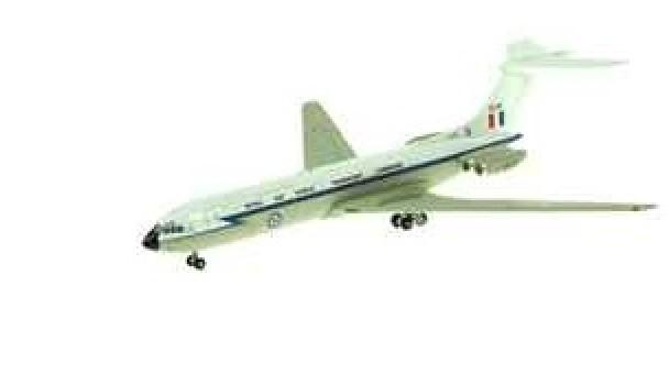 1/400  RAF VC-10 ROYAL AIR TRANSPORT COMMAND ~ XR808