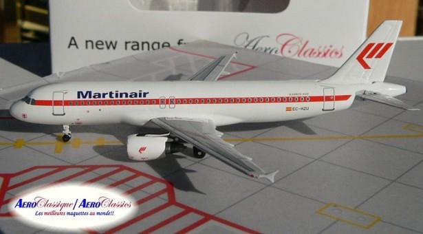Martin Air A320 EC-HZU   1:400