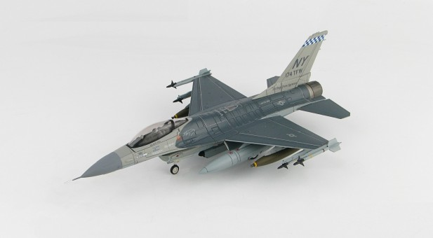 "F-16A Fighting Falcon NY ANG 174th TFW Saudi Arabia Operation ""Desert Storm"" HA3868 scale 1:72"