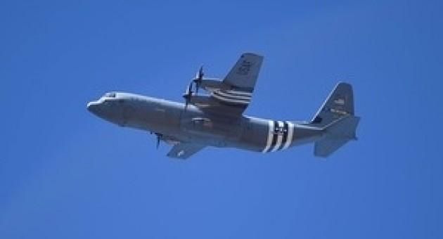 USAF C-130J Super Hercules Lockheed Martin D-Day Heritage Flight Little Rock AFB Herpa 570541 scale 1:200