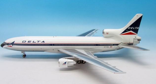 Delta L-1011 Polished TriStar Reg# N717DA Widget Aviation 200 AV210110715P 1:200