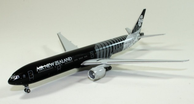 Air New Zealand B777-319ER All Black  1:400 Scale Witty Wings