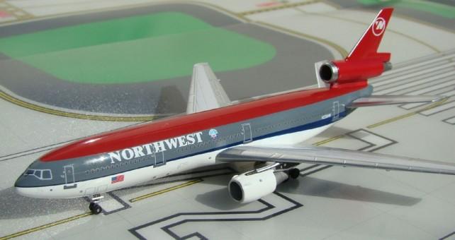 Northwest   DC-10-30  N236NW  1:400