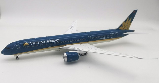 Vietnam Airlines Boeing 787-9 VN-A868 Dreamliner Inflight IF789VN1219 scale 1:200
