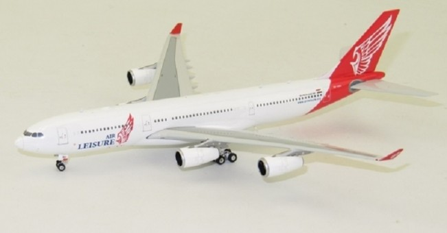 Air Leisure Egypt Airbus A340-200 registration SU-GBO Phoenix 11410 Diecast Scale 1:400
