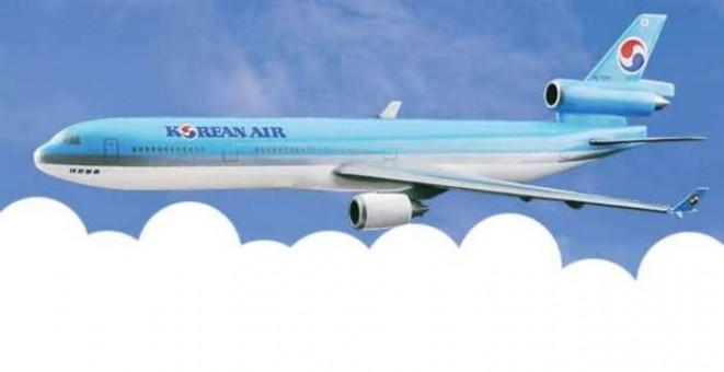 Flight Miniatures Korean Air  MD-11