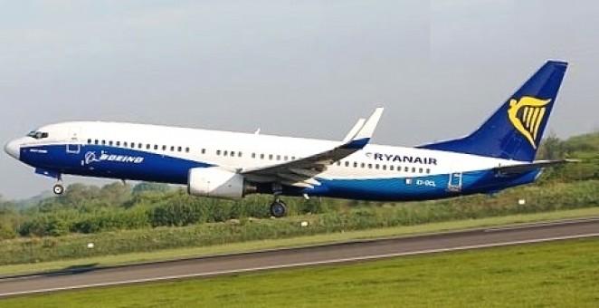 Ryanair Boeing 737-800(W) SP-RSL JC Wings JC4RYS271 scale 1:400