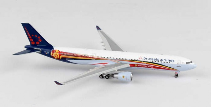 Brussels Airlines Airbus A330-300 Reg# OO-SFO Phoenix Diecast Models 11287 Scale 1:400