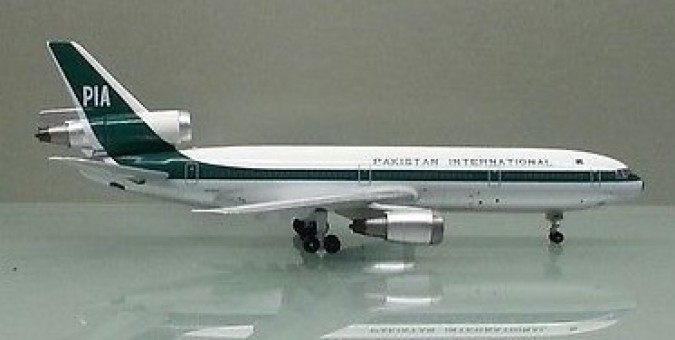 PIA Pakistan DC-10 AP-AXC Scale Witty Wings WT4DC1003 scale 1:400  Witty Wings