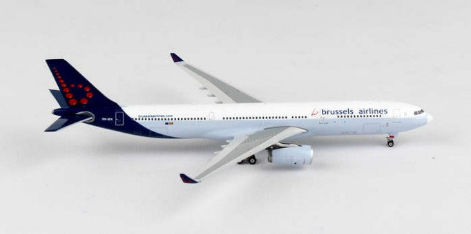 Brussels Airlines Airbus A330-300 Reg# OO-SFX Phoenix Diecast Models 11282 Scale 1:400