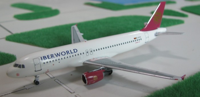 Iberworld Airlines A320 EC-KYZ Scale 1:400