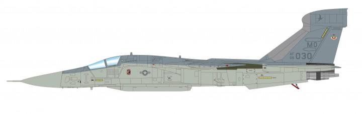 USAF F-111A Raven die-cast HA3022 Desert Storm 1991 Hobby Master scale 1:72