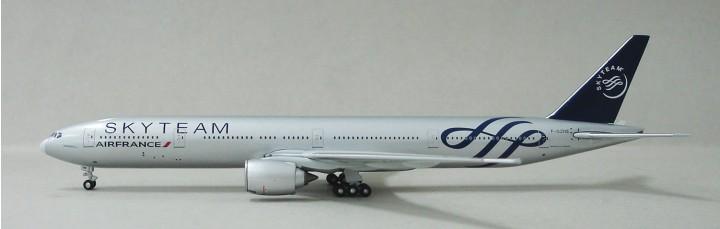 Air France Sky Team 777-238ER Reg# F-GZNE Limited to 200 A13050