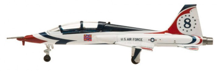 "United States Air Force (USAF) Air Demonstration Squadron ""Thunderbirds"" T-38 Talon #8 Hogan HG60081 Scale 1:200"