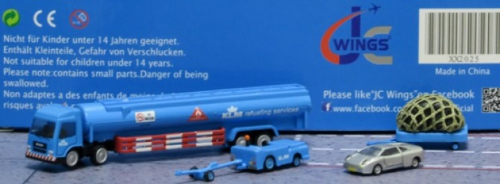 KLM GSE Ground Service Vehicles Set #5 4 Pices Fuel Truck, Tug w/tow bar ,Cargo dolly, car JC2KLM025 Scale 1:200