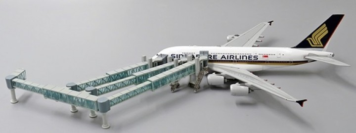 Boarding Air Bridge Airbus A380 set with 1 JCWings LH4AIR136 scale 1:400