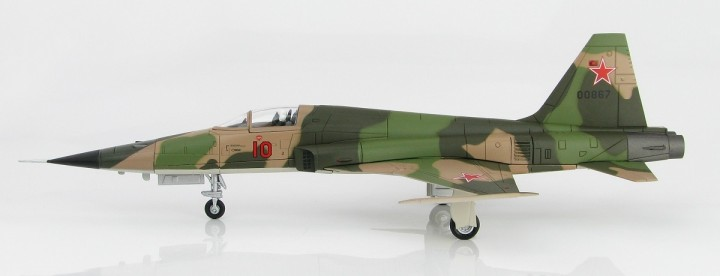 """USSR F-5E Tiger II """"Red 10"""" 1970 Hobby Master HA3328 Scale 1:72"""