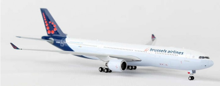 Brussels Airlines A330-300 Airbus Reg# OO-SFW Phoenix 11205 Scale 1:400