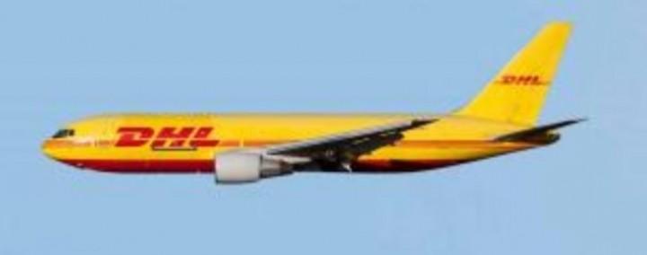DHL Boeing 767-200 N769AX AeroClassics AC419573 die-cast scale 1:400