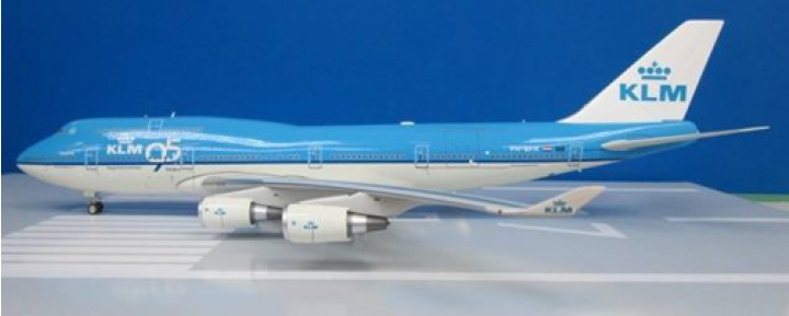"JFox KLM B747-406M Exclusive ""City of Hong Kong"" Reg # PH-BFH JF-747-4-012 Scale 1:200"