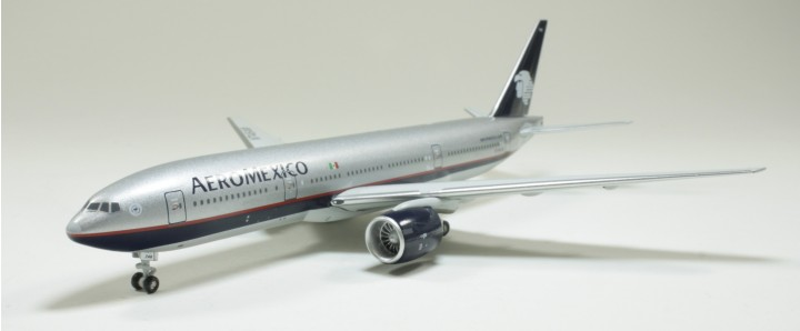 AeroMexico 777-200 N746AM 1:400 Scale Die cast