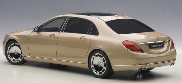 Champagne Gold Maybach Mercedes S-Klasse S600 AUTOart 76294 Scale 1:18
