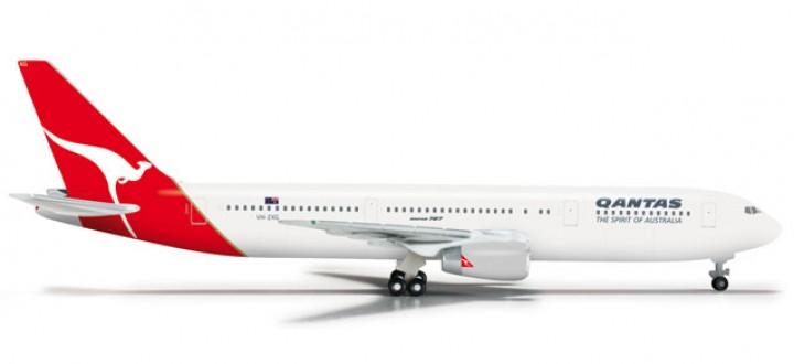Qantas 767-300 1/500